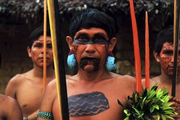 Yanomami Indios with war paint