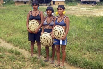 Yanomami women in Maturacá