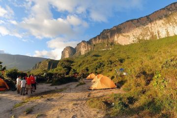 The Roraima tepuy base camp