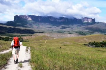On the way to the Monte Roraima foothills